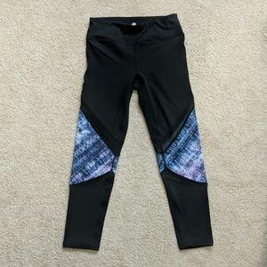 XS Gaiam leggings with mesh thigh/knee detail